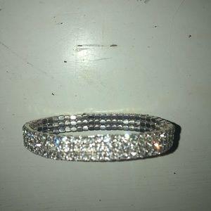 Jewelry - BRAND NEW Silver stretchy bracelet